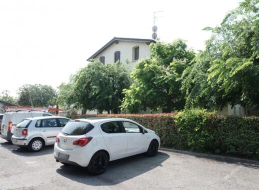 BILOCALE IN PICCOLO CONTESTO CONDOMINIALE DOTATO DI GARAGE